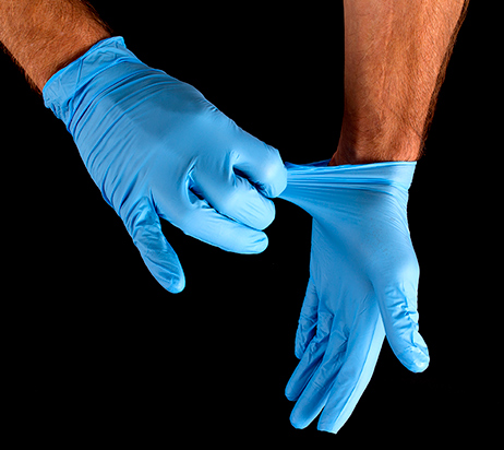 Glove-removal-pinch-gloves